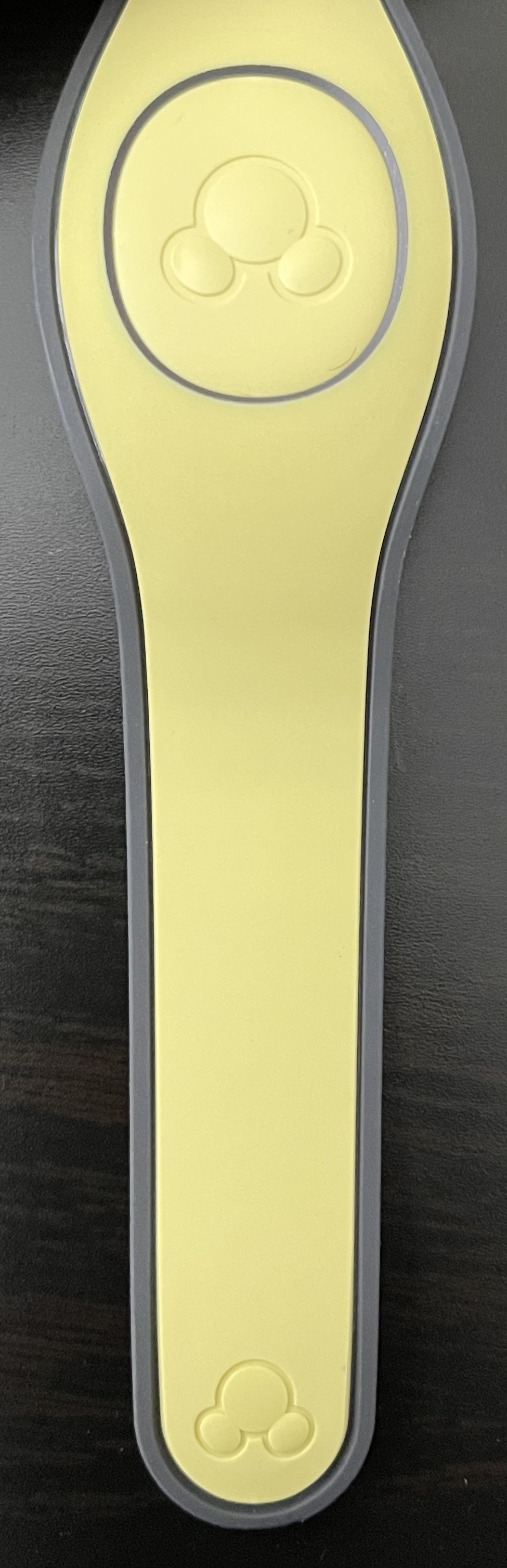 Corn Field Yellow solid base color MagicBand has been released today