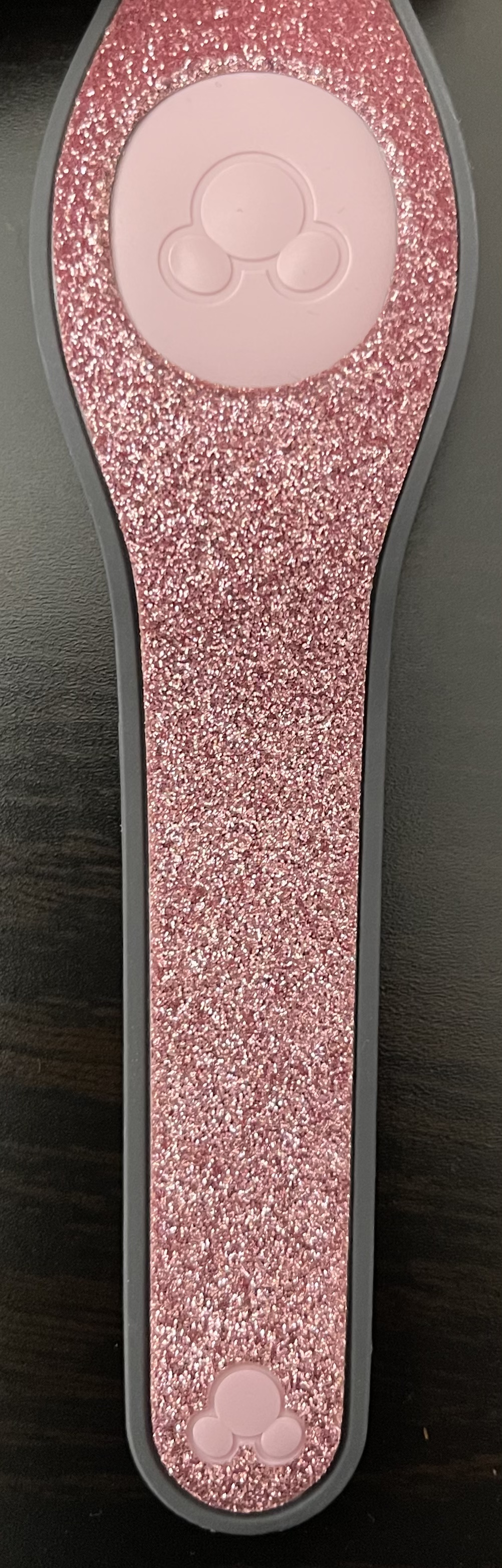 Glitter Pink Open Edition MagicBand is now out