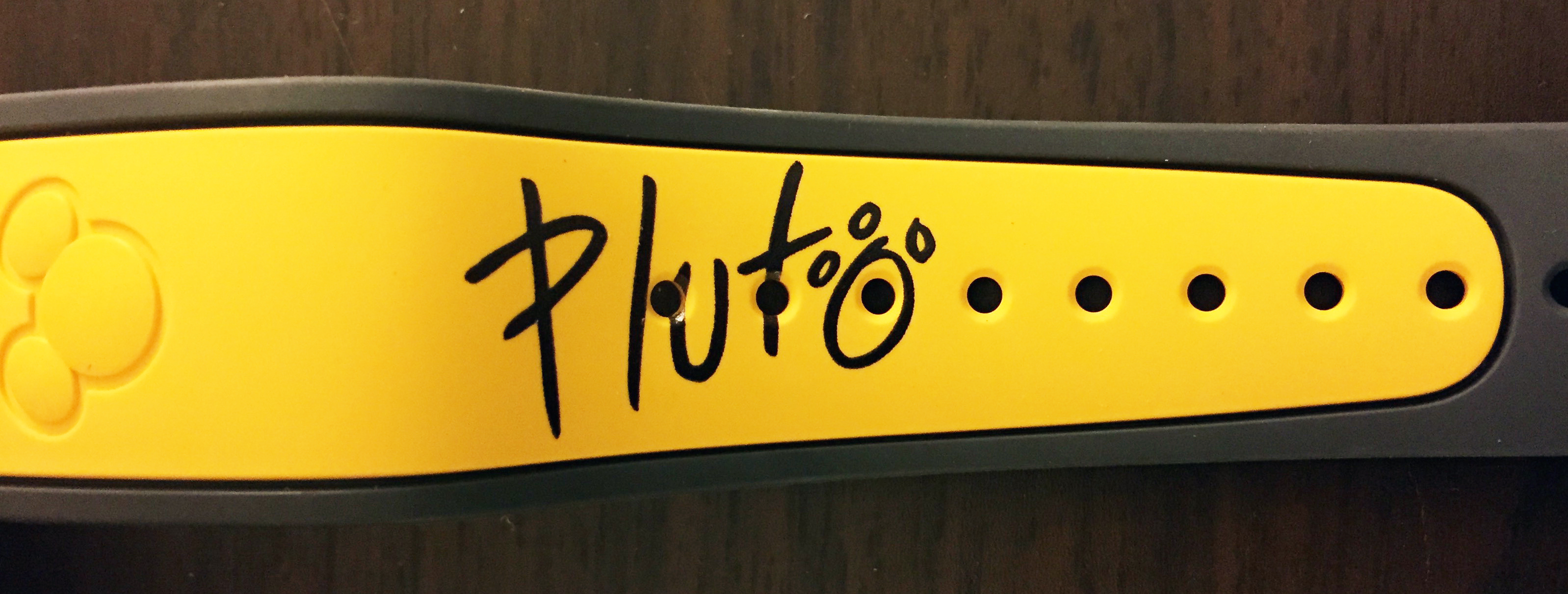 pluto_side